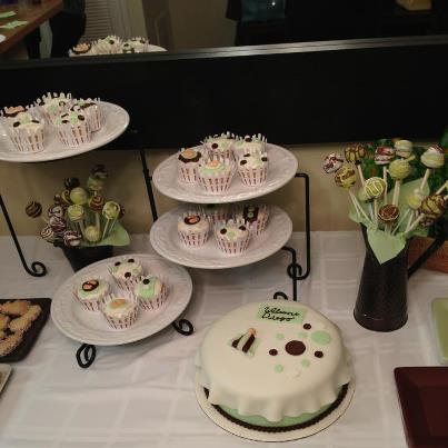 Decoración de Torta y Cupcakes