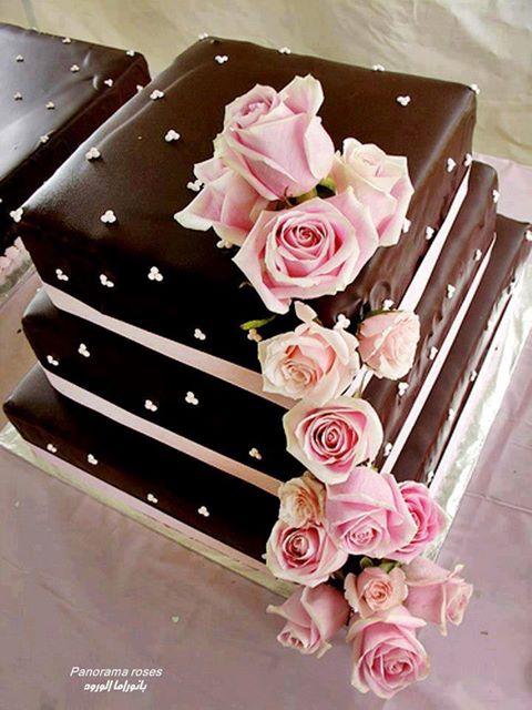 Decoración De Torta Chocolate Y Rosas Naturales Sabores De