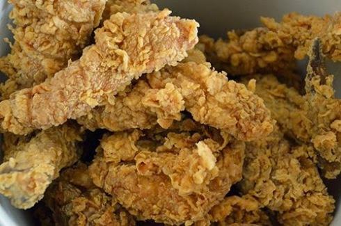 Alas pollo estilo KFC